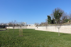 Defensive wall @ Parc Blandan @ Lyon (*_*) Tags: lyon rhone france europe spring 2018 march printemps hiver winter cold sunny morning parcblandan park mur wall fort fortification