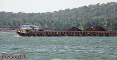 Barge carrying Mines Iron Ore (joegoauk73) Tags: joegoauk goa