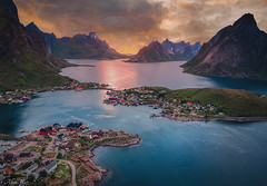 eSseNcE by AlbertMu7 - Lofoten island
