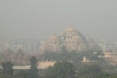 Smog in Delhi (Iam Marjon Bleeker) Tags: india newdelhi delhi smog palace dag3md0c6772g akshardham