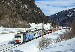 EU43 008 + EU43 007, Brennero, 6 Feb 2018 (Mr Joseph Bloggs) Tags: brennero brenner bahn railway railroad rail traction company zebra verona 48861 train treno freight cargo merci eu43