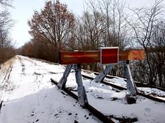 """Lost Exit (Froschkönig Photos) Tags: readyplayerone railway schiene gleis zurückindiezukunft pointofnoreturn mumsdorf bttf """"point no return"""" delorean"""