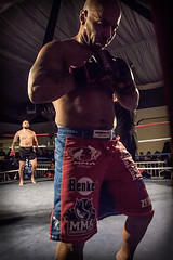 Stand therefore to fight, having girded your waist with truth, having put on the breastplate of righteousness Ef 6:14 (rafalniewiadomski) Tags: mma martial arts fight sport punch fighter light