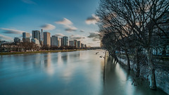 Crue de la Seine de Bir-Hakeim (l.pigault) Tags: seine crue nikon eau d800 fleuve paysage aprèsmidi pauselongue paris 1835f3545 5m48
