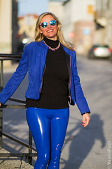 Christina Striewski in vinyl pants (Vinyl Beauties) Tags: christina striewski vinyl pvc plastic pants fashion style beauty glamour celebrities mode lack plastik hose lackhose polyvinylchloride arcanum