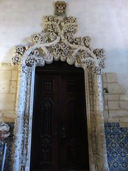 ALCOBAÇA. PORTUGAL. 01-2.018. 21 (joseluisgildela) Tags: alcobaça portugal monasterios iglesias puertas