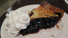 Hot blueberry pie (Coyoty) Tags: townlinediner rockyhill connecticut ct diner restaurant food white bokeh hot blueberry pie dessert heated crust crusty whipped cream whippedcream flickrfriday feedyourcreativity brown