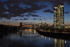 2018-03-20 Frankfurt EZB Blaue Stunde 067a (pixelclublahntal) Tags: 2018 ezb frankfurt main sonnenuntergang