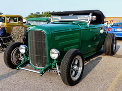 Ford Roadster Hot Rod (J Wells S) Tags: fordroadster hotrod streetrod chrome no fenders fordhotrod milford cruisein cincinnati ohio milfordcruisein