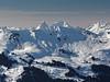 Hundsruegg et le couple Folliéran-Branleire à l'arrière (fcharriere) Tags: switzerland bern oberland lenk winter snowshoes mountain simmental