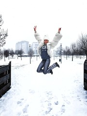 I love jump... (Yaoluca) Tags: snow winter jump white woman instant