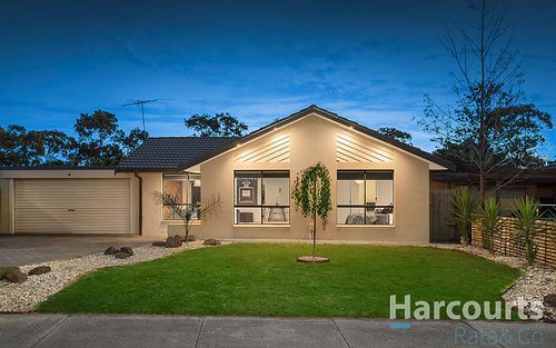 12 Statesman Cr, Mill Park VIC 3082
