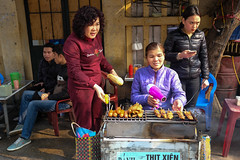 Hairdryer and BBQ (Jeff Williams 03) Tags: hanoi vietnam streetphotography street barbecue barbeque bbq hairdryer women vendor