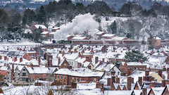Steam over the Rooftops (Philip Moore Photography) Tags: bewdley rooftops chimneys snow steam 8572 lner locomotive steamtrain severnvalleyrailway svr svrspringgala2018 railway uksteam worcestershire england