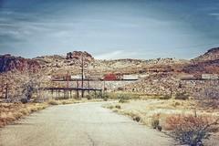 Sur la route 66, il n'y a pas que des motos... (Isa-belle33) Tags: route66 route road arizona etatsunis amérique america train fujifilm travel