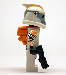 Lego Star Wars Custom ARC Clone Trooper Waxer with Blaster + Backpack (Risers Customs) Tags: lego clone 212th 2nd 327th 442nd 501st 7500 75001 airborne atrt battalion bly clones commander corps custom deviss galle lieutenant recon republic siege star wars trooper troopers woffle customs riserscustoms risers fox shock 104th pad printed sinker comet boost wolfpack havoc armour 187th legion squad