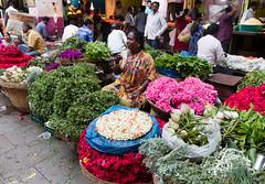 Bengaluru (CdL Creative) Tags: 70d bangalore bengaluru canon cdlcreative chickpet eos huriopet india kr karnataka geo:lat=1296561 geo:lon=775742 geotagged market in