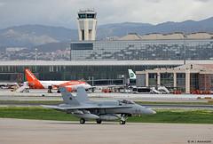 Ejército del Aire McDonnell Douglas EF-18M Hornet C.15-59/12-17, Ala 12 at Malaga AFB/LEMG for DAPEX-18 (Mosh70) Tags: malagacostadelsolairport lemg ejércitodelaire mcdonnelldouglas ef18mhornet ala12 ala15 dapex18