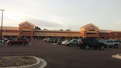 Exterior at Sunset (Retail Retell) Tags: kroger marketplace grocery store hernando ms desoto county retail v478 marketplacedécor