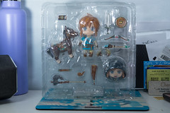 DSC_7727 (Quantum Stalker) Tags: nintendo breath wild switch link figure nendoroid deluxe dx weapons sheikah slate accesories bow arrow axe hood