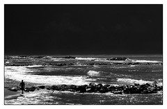 """ prima del temporale "" (Davide Zappettini) Tags: filmphotography filmbw analog beach summer davidezappettiniphotography agfascala alone"