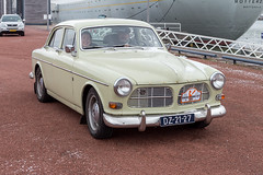 Volvo P1200 (R. Engelsman) Tags: volvo p1200 auto car vehicle oldtimer youngtimer klassieker classiccar automotive transport rotterdam 010 netherlands nederland nl rotterdamseklassiekers milieuzone mznee