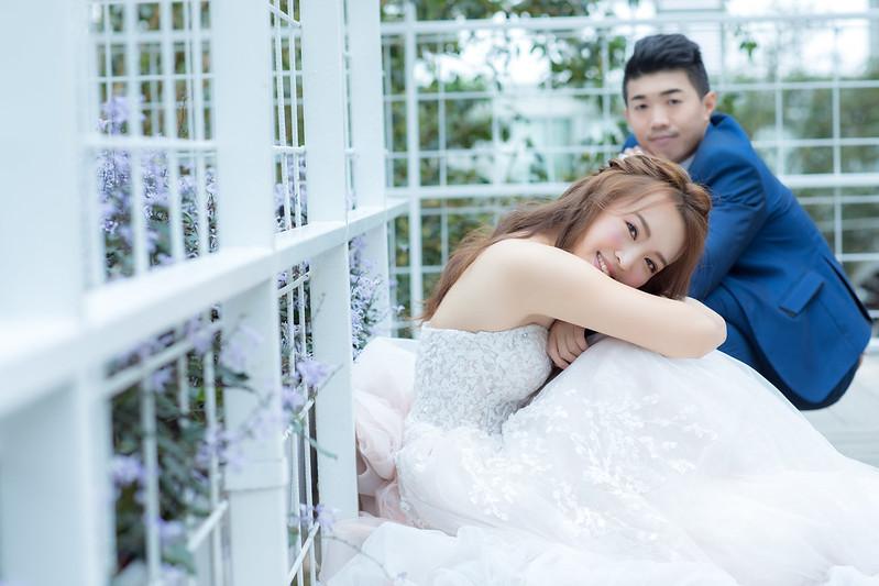 婚紗造型,新娘秘書,左邊。wedding studio,新娘秘書MEI