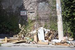 _SSB4294 (Edson Grandisoli. Natureza e mais...) Tags: regiãosudeste lixo resíduo irregular ilegal rua descaso zonaurbana poluição sólido