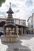 Anduze_0063 (hervv30140) Tags: village cevennes anduze place couverte fontaine pagode pavé marché jour