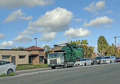 WM Garbage Truck 3-15-18 (Photo Nut 2011) Tags: california sanitation wastedisposal waste garbage trash trashtruck garbagetruck refuse junk truck wastemanagement 265100 sanmarcos sandiego wm