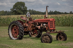 Antique Tractor (Anvilcloud) Tags: rideauantiques tractor oldtractor explored