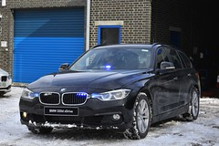 Unmarked Traffic Car (S11 AUN) Tags: durham constabulary bmw 330d 3series xdrive touring anpr police unmarked traffic car rpu roads policing unit 999 emergency vehicle