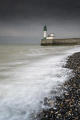 Le Tréport (Tony N.) Tags: normandie normandy seinemaritime letréport phare lighthouse beach beachscape sea seascape plage shore seashore nisi vanguard nikkor1635f4 nikon d810 tonyn tonynunkovics beacheslandscapes