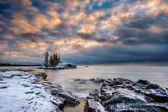 Little Island at sunrise 2 (susannevonschroeder) Tags: grand lakesuperior marais minnesota clouds ice island northshore rocks sunrise winter
