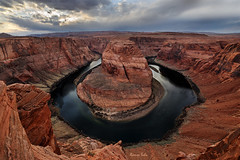 Shooting an Icon (Ramen Saha) Tags: coloradoriver horseshoebend page arizona river rock canyon sunset sky ramensaha