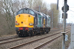 DRS 37069 - 37059 @ Alsager (uksean13) Tags: drs 37069 37059 alsager diesel canon 760d ef28135mmf3556isusm lightlocomotive train railway engine