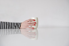 Glass Of Milk (CoolMcFlash) Tags: milk woman hand nailpolish glass minimalistic minimalism minimalistisch white table reflection arm milch glas frau female nagellack weis tisch spiegelung fotografie photography fujifilm xt2 xf18135mmf3556r lm ois wr red rot striped gestreift streifen