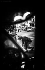 STOP! (alessandrochiolo) Tags: sicilia siciliabedda street streetphoto sicily streetphotografy streetphotography strada biancoenero bw bn blackandwhite ombre luci luce fujix30 fuji fujifilm
