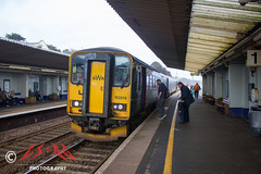 Dawlish Double Dogboxes (CS:BG Photography) Tags: supersprinter dwl dawlish dogbox class153 153318 gwr greatwesternrailway rivieraline dawlishseawall southdevonmainline