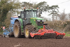 John Deere 6195M Tractor with a Twose FP1-300 Premium Front Press and a Lemken Solitair 8 Seed Drill (Shane Casey CK25) Tags: john deere 6195m tractor twose fp1300 premium front press lemken solitair 8 seed drill power harrow powerharrow one pass onepass midleton traktor trekker traktori tracteur trator ciągnik sow sowing set setting drilling tillage till tilling plant planting crop crops cereal cereals county cork ireland irish farm farmer farming agri agriculture contractor field ground soil dirt earth dust work working horse horsepower hp pull pulling machine machinery grow growing nikon d7200