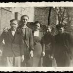 Archiv Thür109 Am Ehrenmal für die Kriegstoten, Schotterey, 1930er thumbnail
