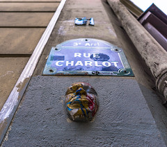 Dort. (Canad Adry) Tags: paris sigma dn art 19mm f28 sony a6000 alpha mirrorless e mount street rue color mask masque line perspective bokeh city ville