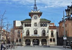 Ayuntamiento de Sant Celoni (Alberto-g-rovi) Tags: edificio patrimonio arquitectura historia antiguo cultura visita turismo color 2018 marzo nikond90 pueblo comarca barcelona cataluña españa europa santceloni