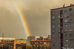 The rest of the rainbow - Los restos del arcoiris, Madrid (RobertoHerreroT) Tags: rainbow arcoiris lluvia nature naturaleza madrid canon canon1100d canonistas robertoherrerotardon