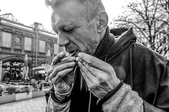 Lick (JuliSonne) Tags: street streetphotography people smoker cigarettehands man lick streetfotografie strasse raucher zigarettebauen tabac portrait face mouth