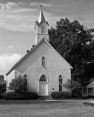DMAFR Day 2 (1) (momentspause) Tags: louisiana church blackandwhite bw roadtrip canon5dmkiii canonef50mmf18 niftyfifty blackandwhitephotography nikeffects