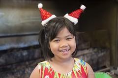 Girl at Klong Toey Market (Rolandito.) Tags: southeast asia south east südostasien asien thailand bangkok girl market portrait klong toey