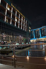 (31lucass shots) Tags: sonyimages sonyalpha fe28mmf2 sonya7 landscapeview landscape city cityscape asia sg nightview singaporenightview riverside fullertonhotel singapore