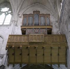 Où ai-je vu ce bel orgue? dans l'église Notre-Dame à Moret-sur-Loing en Seine-et-Marne (Marie-Hélène Cingal) Tags: france orgue organ baznīca église kirik iglesia church chiesa bažnyčia kirche moretsurloing 77 seineetmarne