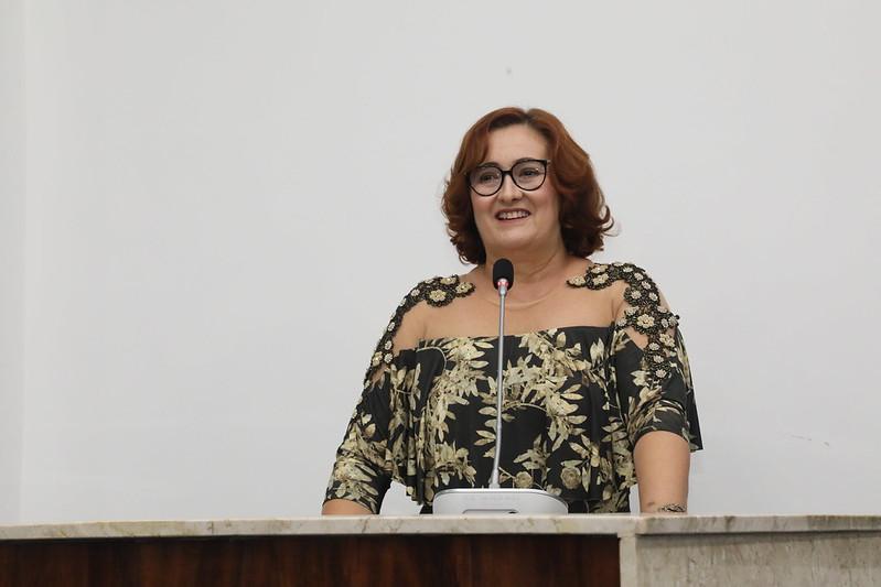 Sessão Solene para entrega do Título de Cidadã de Fortaleza à Doutora Ann Celly Sampaio Cavalcante (15.03.18)